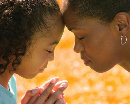 girl-and-woman-praying-13